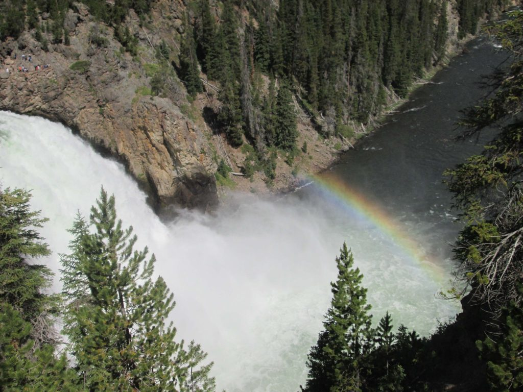 avoid summer crowds in Yellowstone